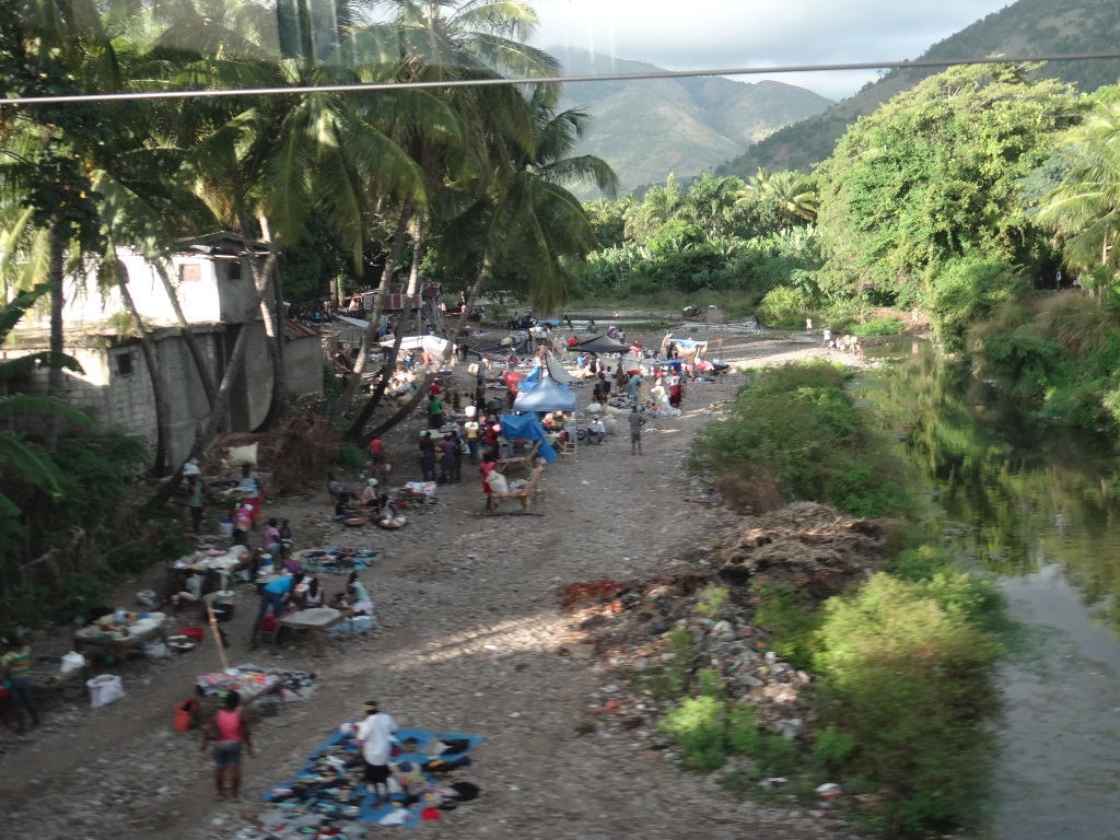 1-Marktplatz am Fluss